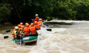 Rafting Sungai Citumang Pangandaran